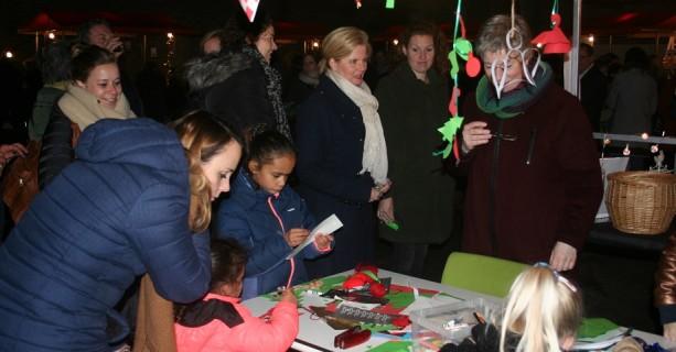 Sfeervolle Linge-kerstmarkt voor het hele gezin